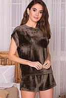 Жіночий домашній костюм