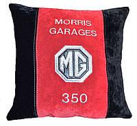 Авто подушка сувеинр с вышивкой логотипа машины MG подарок сувенир