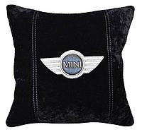 Авто подушка с вышивкой логотипа авто Мини Купер подарок сувенир