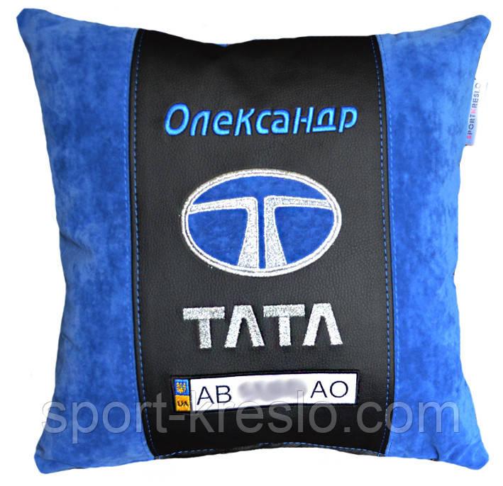 Авто подушка с вышивкой логотипа машины Tata тата подарок сувенир