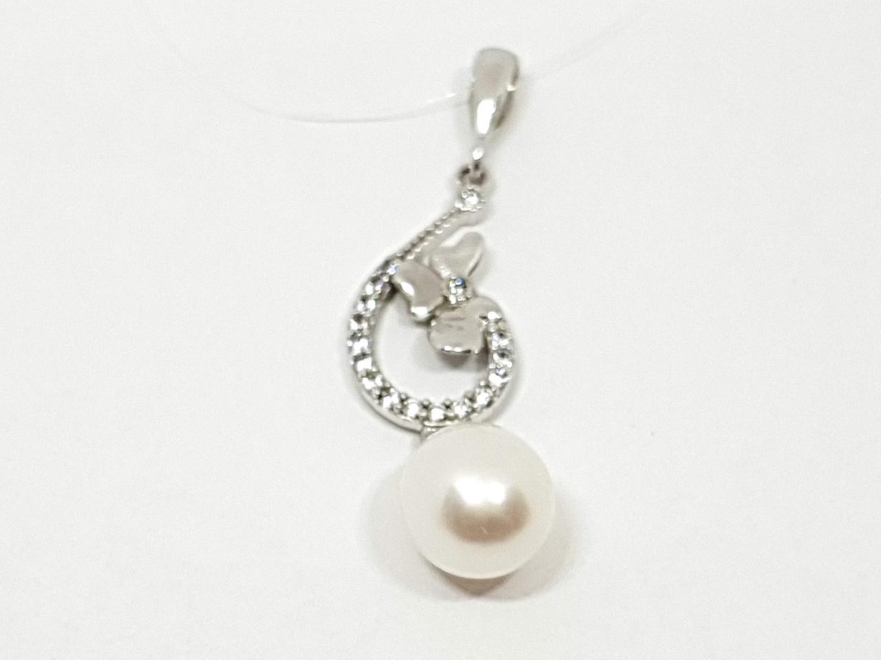 Серебряная подвеска с жемчугом и фианитами. Артикул 4224.1С