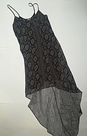 Легке плаття на бретельках подовжена по боках фірми H&M.