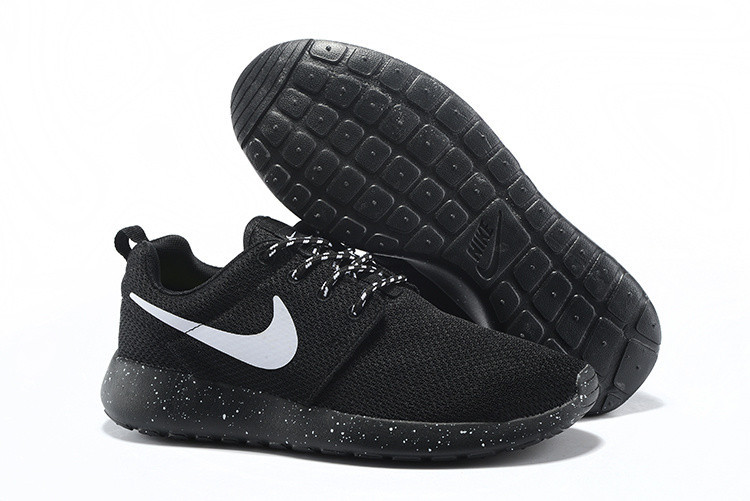 Кроссовки Nike Roshe Run Black Solo