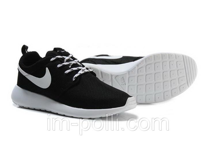 Женские Кроссовки Nike Roshe Run черные с белым
