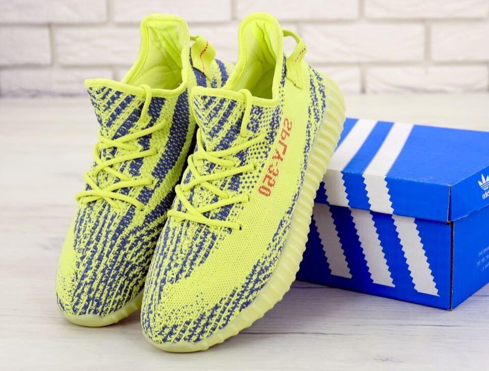 Мужские летние кроссовки Adidas Yeezy Boost 350 V2 (Адидас Изи Буст) салатовые весна/лето