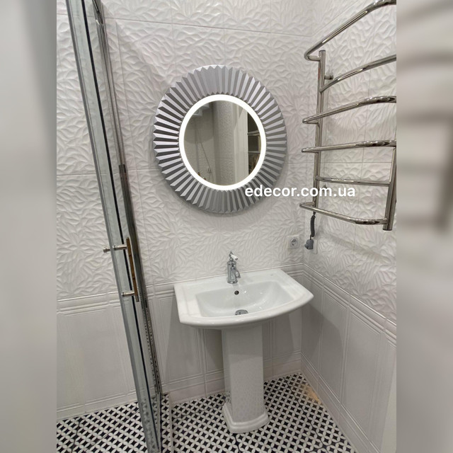 Дзеркало у ванну