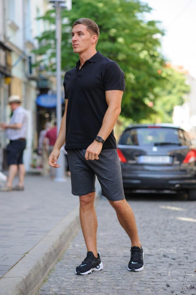 Комплект - темно-серые шорты и черная футболка поло