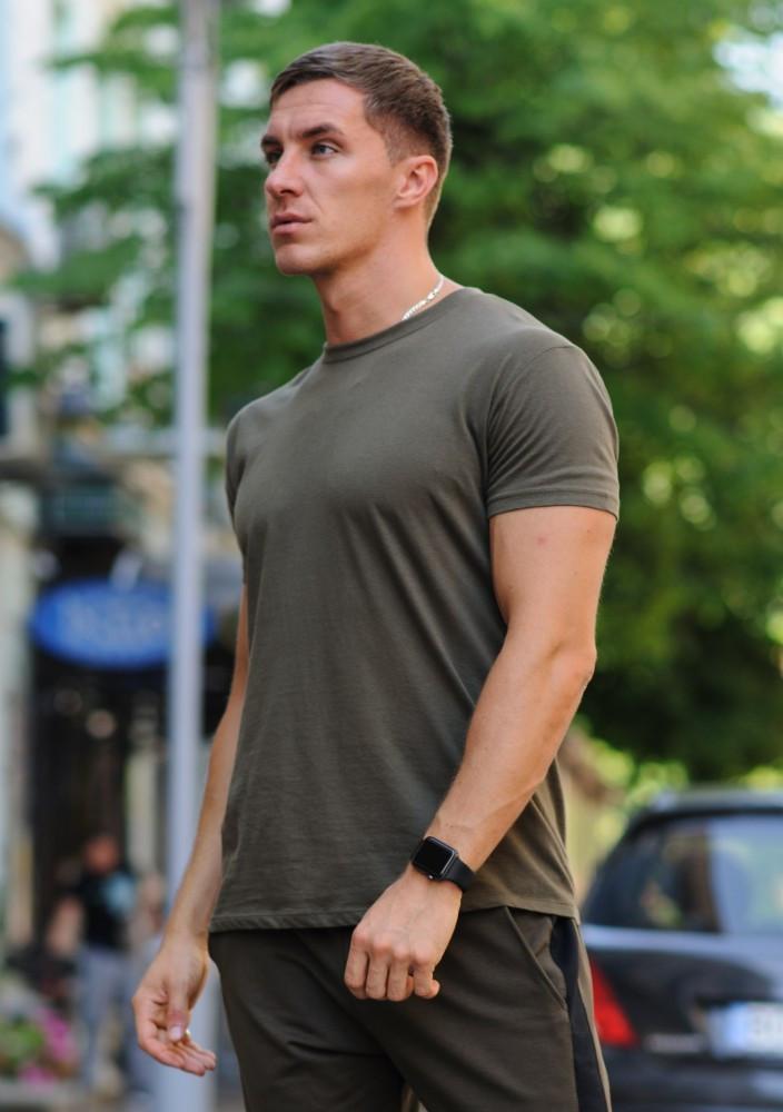 Оливковая (хаки) мужская футболка