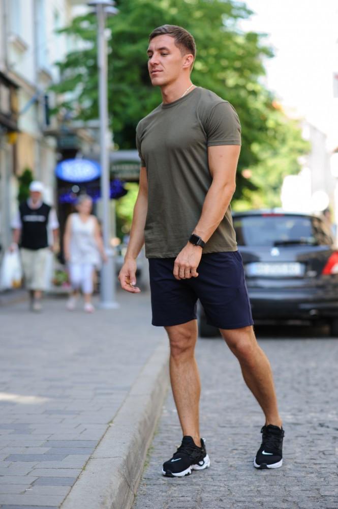 Летний комплект - темно-синие шорты и оливковая (хаки) футболка