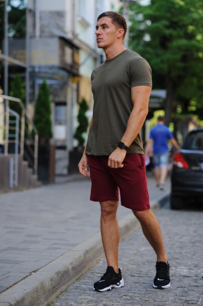 Летний комплект - хаки футболка, бордовые шорты