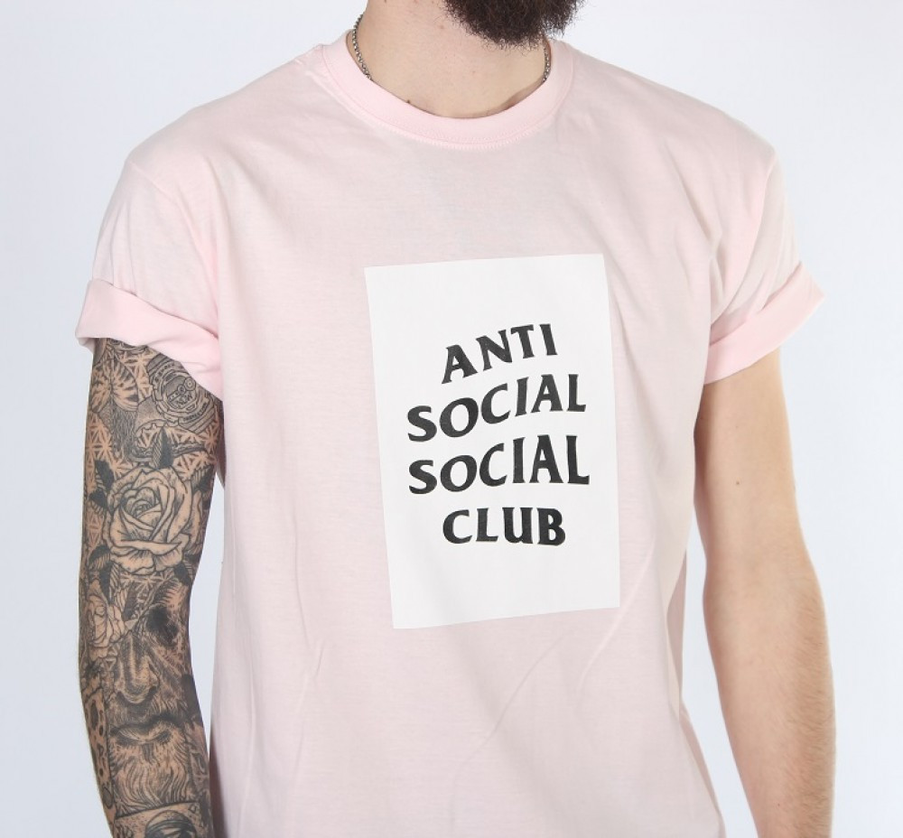 Футболка Аnti Social Social Club нежно-розовый цвет