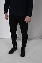 Мужские черные спортивные штаны теплые на флисе (осень-зима)