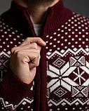 Бордовий чоловічий светр на блискавці з класичним орнаментом, фото 4