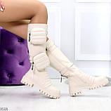 Высокие люксовые бежевые женские сапоги с сумочками кошельками карманами Bike Style, фото 7