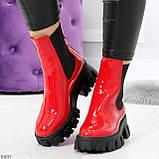 Эффектные брутальные красные лаковые женские высокие ботинки челси на флисе, фото 9