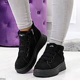 Удобные молодежные замшевые женские черные кроссовки на шнуровке, фото 8