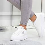 Модные белые серые дышащие женские кроссовки кеды крипперы с перфорацией, фото 3