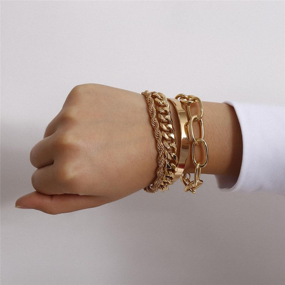 Набор женских золотистых браслетов на руку код 2000