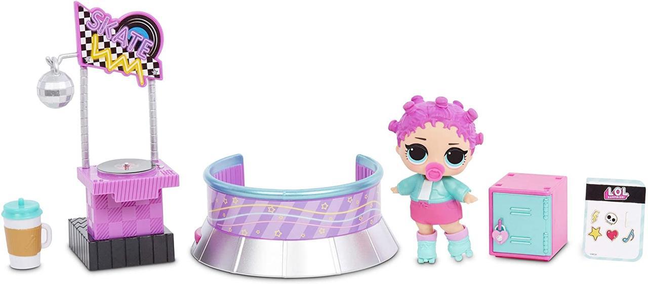 Игровой набор с куклой L.O.L. Surprise! серии Furniture S2 - Роллердром Роллер-Леди 567103