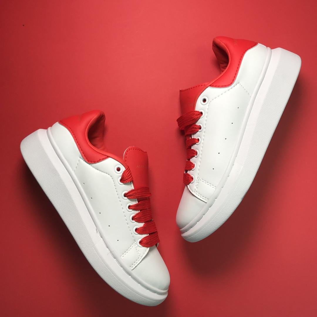 Кроссовки женские Alexander McQueen White Red (Белый Красный). Стильные женские кроссовки.