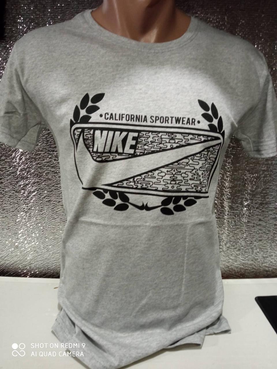Мужские футболки с надписями оптом Серый