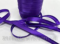 Атласная бейка фиолетового цвета