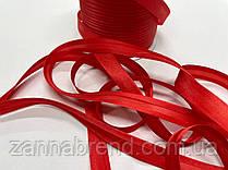 Атласная бейка красного цвета