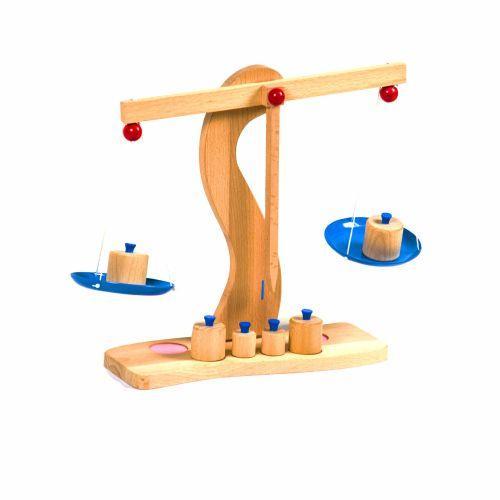 Ігрові дерев'яні ваги з гирками Д680у