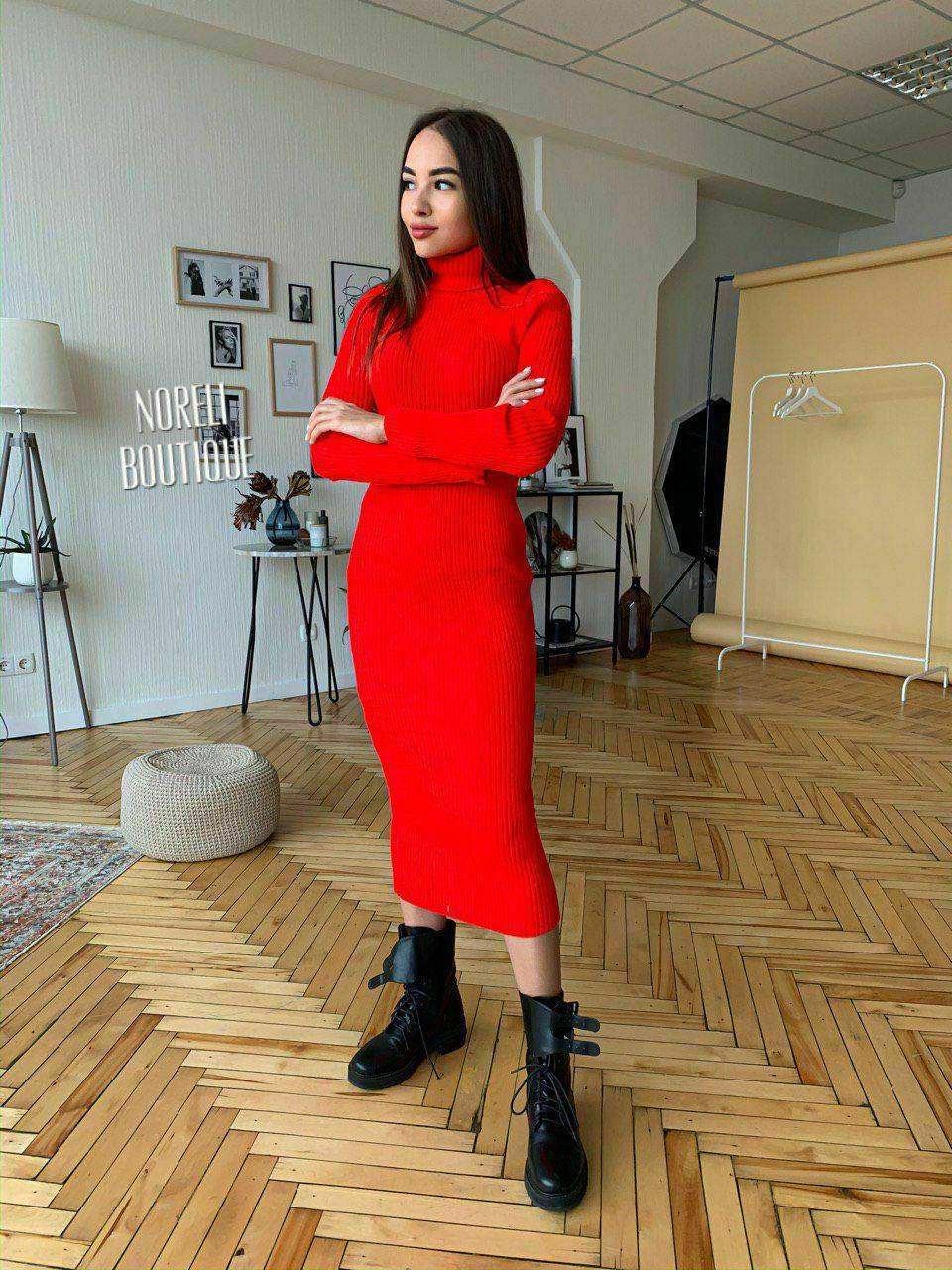 Изящное вязаное платье миди Stream