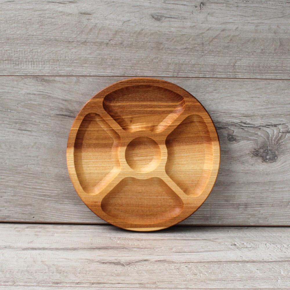 Менажная тарелка из натурального дерева 19 см, деревянная менажница