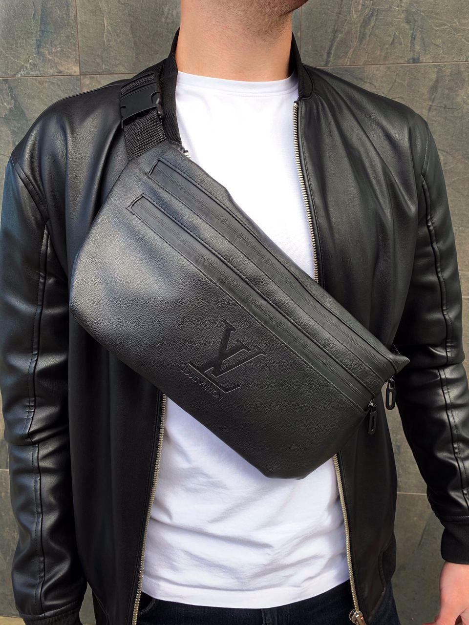 Бананка Louis Vuitton (LV) кожа (шкірозамінник) поясная сумка черная мужская женская