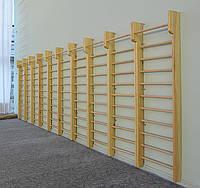Шведские деревянные стенки в ассортименте от производителя.