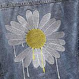 Куртка женская джинсовая укороченная с ромашкой синяя Fashion #72, фото 5