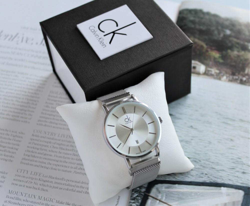 Брендовые наручные часы Calvin Klein 21899 с магнитным ремешком серебристые