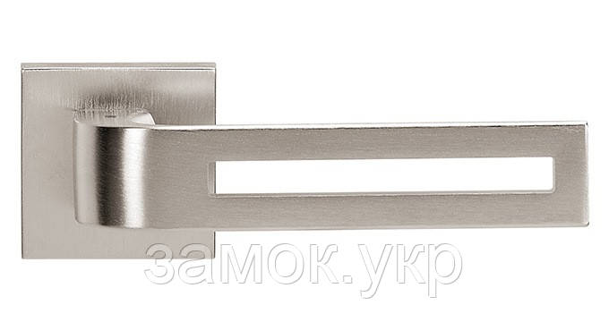 Ручка дверная на розетке Tupai CINTO 2 3044Q никель матовый (Португалия)