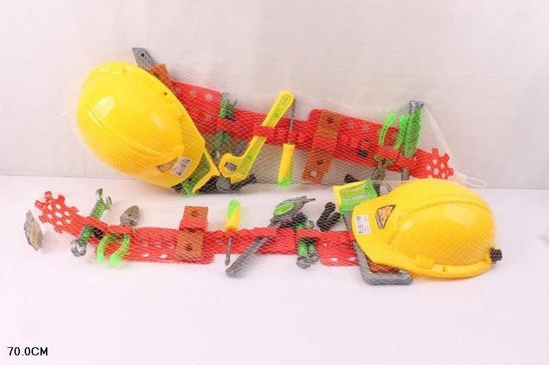Набір дитячих інструментів з каскою на ремені у сітці 70 см SY992-1/2