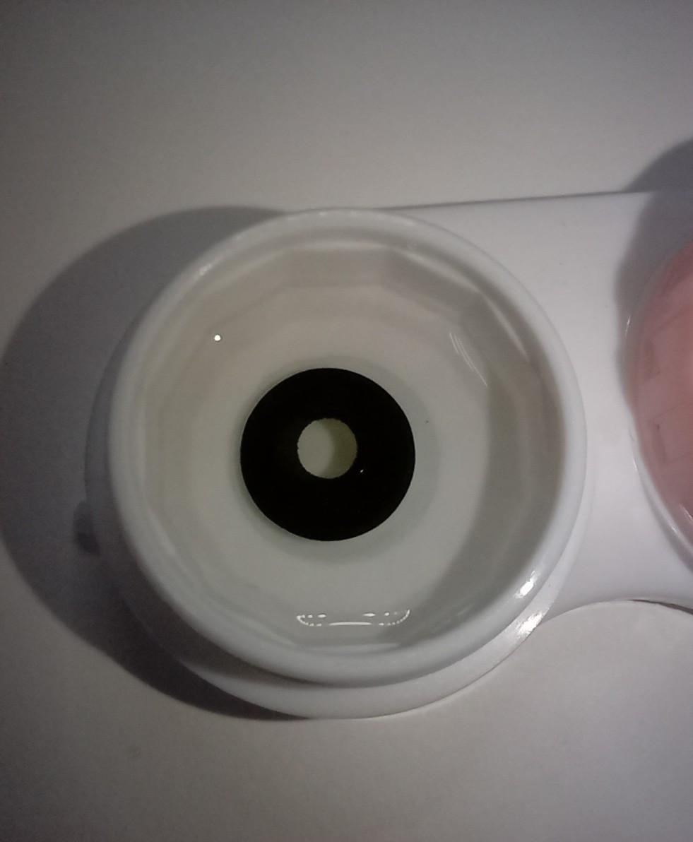 Косметические контактные линзы с прозрачным зрачком