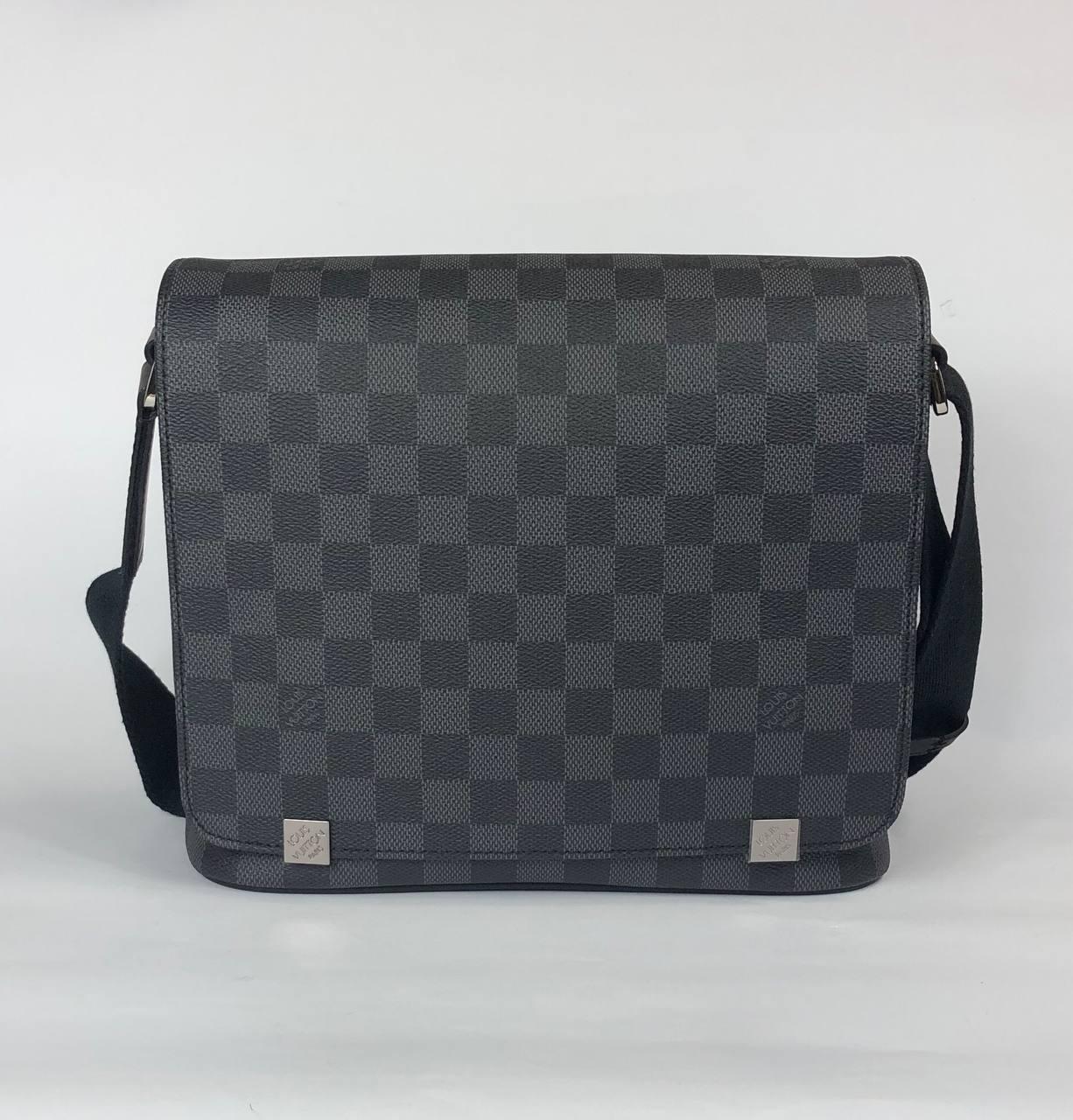 Мужская сумка мессенджер - Louis Vuitton District GM