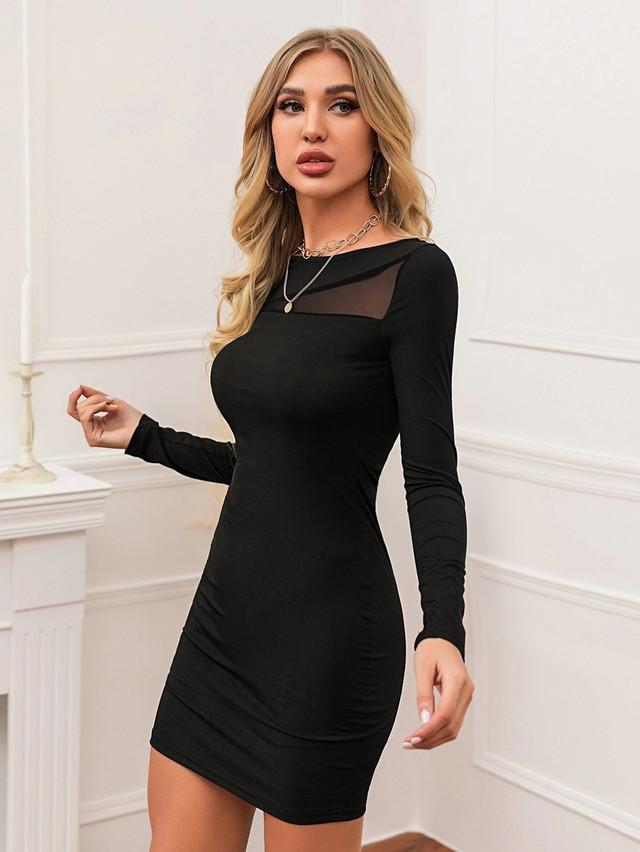 Женское облегающее мини платье со вставкой из сетки