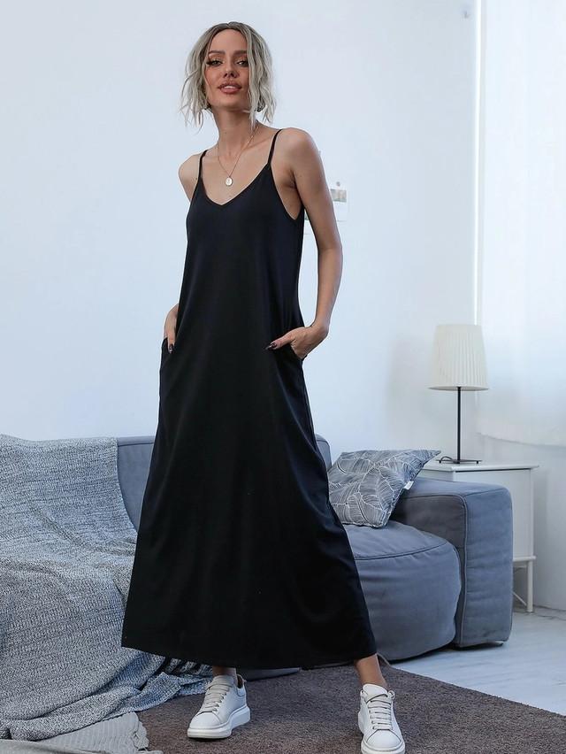 Женское летнее платье в пол в спортивном стиле