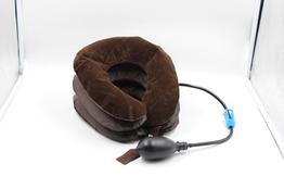 Подушка для витяжки шиї надувна грушою