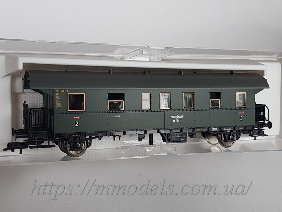Fleischmann 855864 модель 2х осного пассажирского вагона типа  BCi-28,II-III класса, эпоха DRG, масштаба 1/87