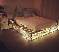 Кровать из строительных поддонов, паллет