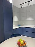 Кухня модерн с матовыми крашеными фасадами, фото 3