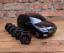 БМВ черный - сувенирная бутылка с рюмками BMW X5
