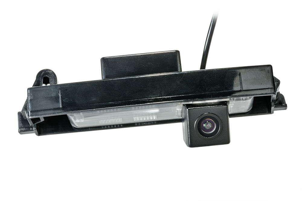 Штатная камера заднего вида Phantom CA-35+FM-32 (Toyota)