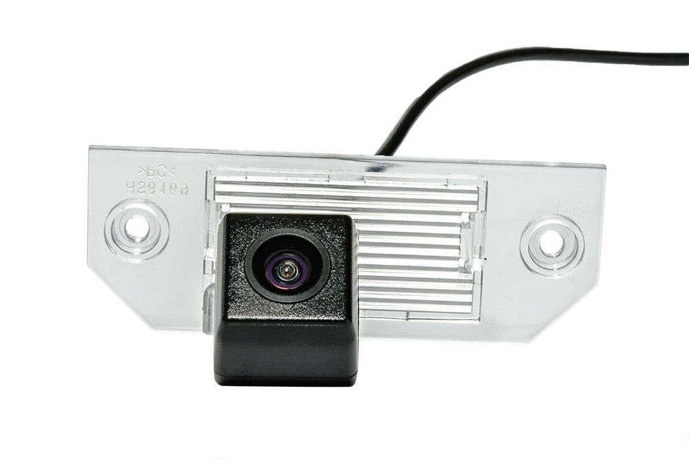 Штатная камера заднего вида Phantom CA-35+FM-47 (Ford)