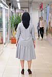 Стильное  серое шерстяное платье с оборкой Мирелла, фото 5