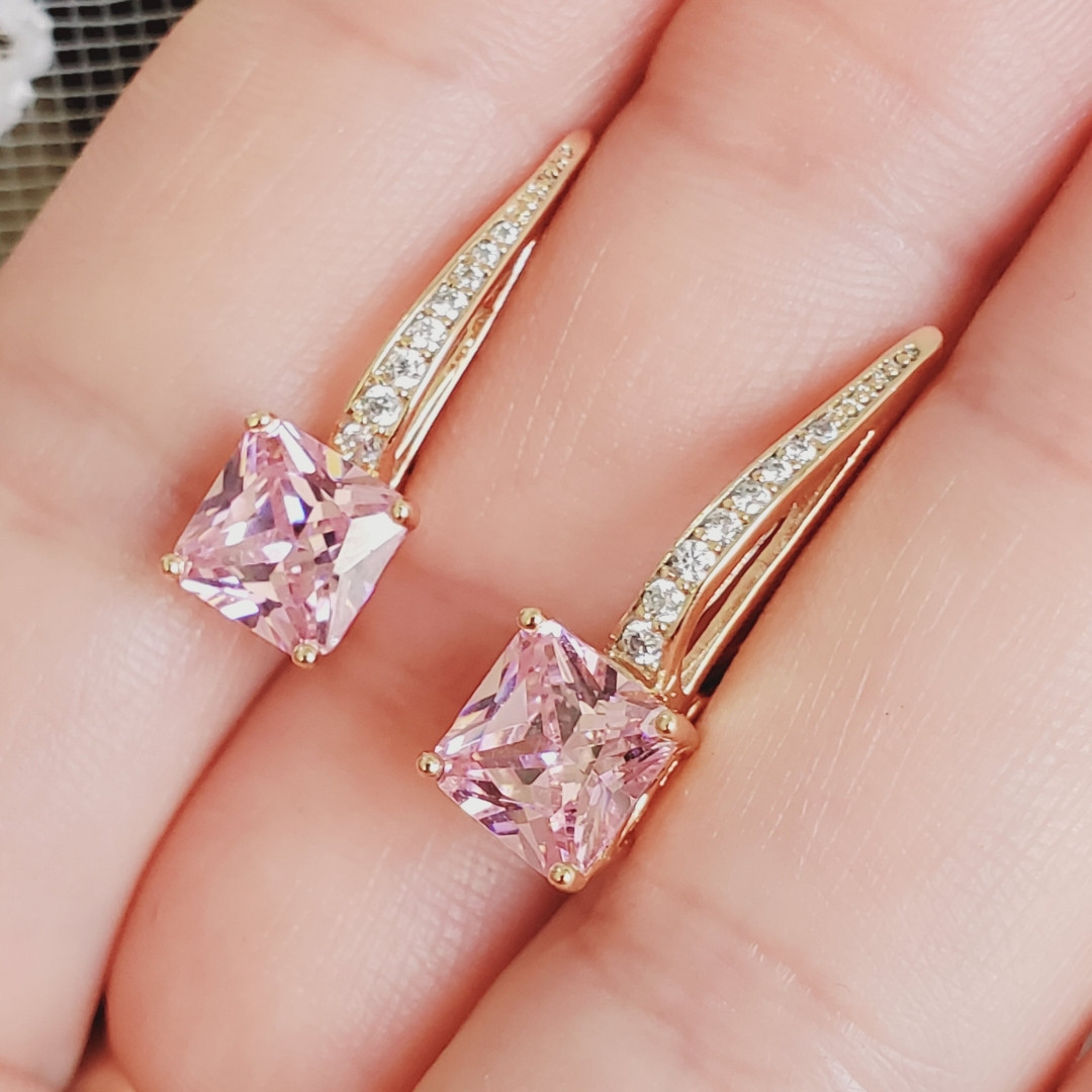 Серьги Xuping длина 2.3см медицинское золото позолота 18К розовый цирконий с1198