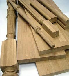 Дерев'яні сходи та комплектуючі до сходів